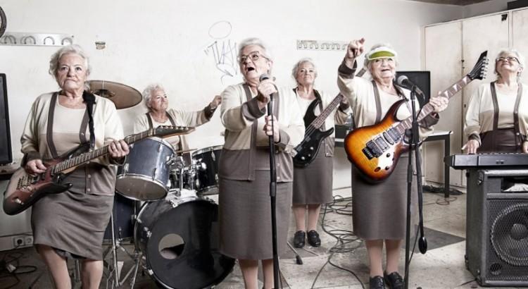 Grandma-Rock-n-Roll